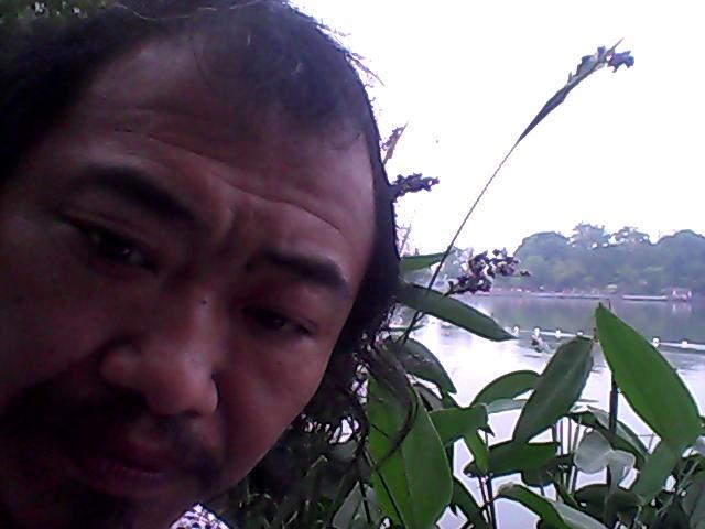 20140606万建民,今天14;50多出门在金陵小区苏果充了公交卡50元人民币,坐车到玄武门的湖边,今日事汞,翻对桔。 - 万建民 - www7215www 的博客