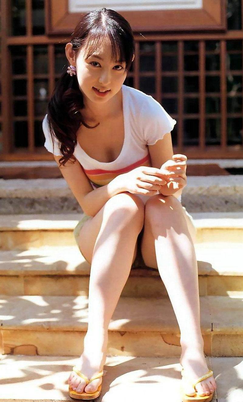 日本人气女艺人秋山莉奈 竖